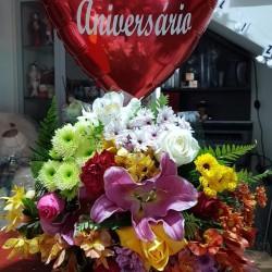 Buquê  flores mistas grande e balão
