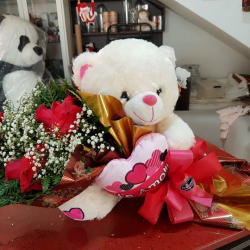 Buque com 3 rosas importadas e urso